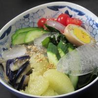 有り合わせのトッピングで韓国冷麺 - Mme.Sacicoの東京お昼ごはん