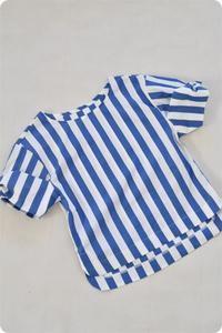 お袖にボリュームのある1枚でもかわいいトップスを作りました。 - ハンドメイド親子お揃い服omusubi-five(オムスビファイブ)