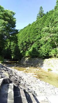 たかすみ温泉裏で川遊び→投石の滝ライトアップ→天好園のうな丼東吉野満喫 - おでかけごはん
