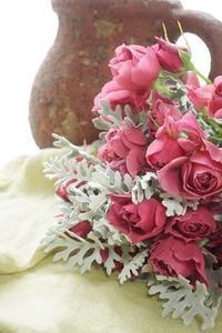 ヘルばぁ奮戦記1お初のフルタイム勤務(笑) - お花に囲まれて