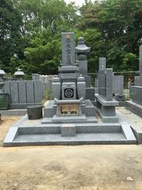 大島石墓石施工例 - お墓