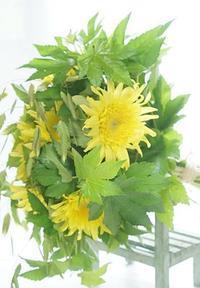 ひまわりとブーケ専科 - お花に囲まれて