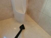 スチーム洗浄 小便器 トイレ 目地 殺菌 - システムクリーンの清掃ブログ