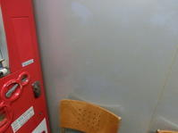 喫煙室 壁面 ヤニ汚れ清掃 - システムクリーンの清掃ブログ