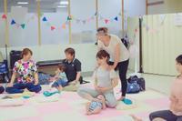 \(^^)/本日ヨガレッスンは11組の親... - emi yoga (エミ ヨガ)始めます(^-^)