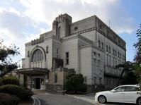 加古川市立図書館(旧加古川公会堂) - 建築図鑑 II