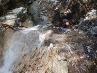 暑気払いの沢遊び…鈴鹿・カズラ谷 - 山にでかける日