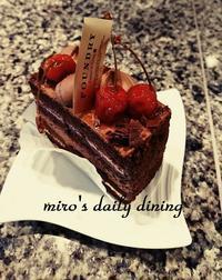 foundryさくらんぼケーキ - miro's daily dining