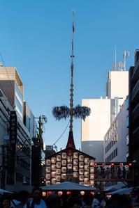 祇園祭 菊水鉾と月鉾 - ぽとすのくずかご