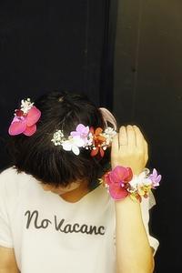 7月17日生花レッスンウェディングアイテム、花かんむりとかリストレットとか - 一会 ウエディングの花