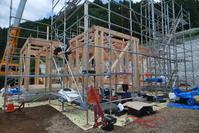 「建て方」ってなんです? - 家づくりの裏側見せます!「山梨の木の住まい」望月建業スタッフブログ