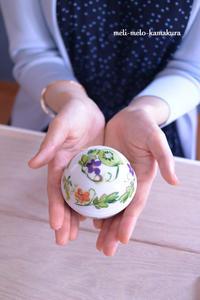 ◆【レッスンレポート】ベーシックコース終盤!陶器と布のデコパージュ作品♪ - フランス雑貨とデコパージュ&ギフトラッピング教室 『meli-melo鎌倉』