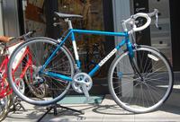 ラレー Cralton-F CRF、最新スペック シマノ105搭載のロードレーサー~♪ - ベロエキップ便り <江東区清澄白河の自転車屋さん&ハンドメイドも好きな店>