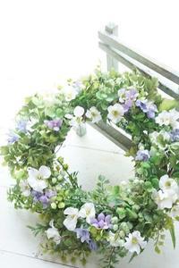 アーティフィシャルでサマーリース - お花に囲まれて