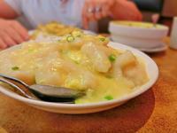 とろとろ卵と魚のあんかけランチ:James on Hastings - 海外旅行はきらいでした