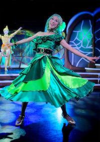 緑のドレス - から元気らくがき帳