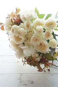 酷暑企画でございます。夏こそお花を!! - お花に囲まれて