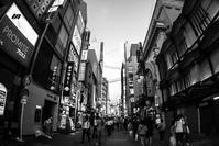 Osaka Monochrome *005 - noBBy's *PhotoLabo*