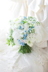 卒花嫁様より 旦那様から奥様へのギフト  自分と違う他人と結婚するということ - 一会 ウエディングの花
