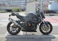 izaサン号 Z1000のリアタイヤ交換やら車検取得やら・・・(笑) (Part1) - バイクパーツ買取・販売&バイクバッテリーのフロントロウ!
