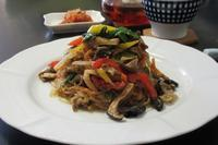 野菜いっぱいのチャプチェ - Mme.Sacicoの東京お昼ごはん