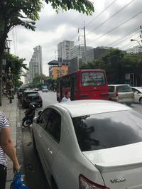 【お出かけ】赤バス@トンロー - Let's go to Bangkok  ♪駐在ビギナーのあれこれ日記♪
