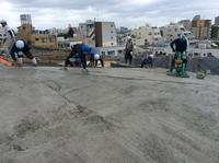 最上階屋根のコンクリート打設です。 - 設計事務所 arkilab