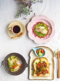白身魚アボカドソースの朝ごはん - 陶器通販・益子焼 雑貨手作り陶器のサイトショップ 木のねのブログ