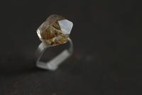 針水晶 結晶リング - 石と銀の装身具