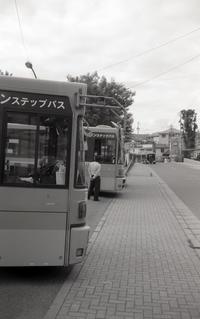 バス車庫 - 心のカメラ   more tomorrow than today ...