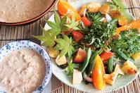■【あき流特製ゴマダレで戴く野菜とポテトのサラダ】頂き物のみかん入りで♪ - 「料理と趣味の部屋」