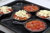 ミニトマト入りハンバーグ - 登志子のキッチン