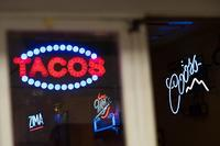 Shopping Arcade Restaurants Full Of International Atmosphere - Soul Eyes