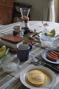 週末はパンケーキの朝食 - 暮らしを紡ぐ
