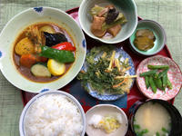 夏野菜とチキンのスープカレー★(^^♪・・・700円ランチ - 日だまりカフェ