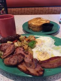 タンパク質いっぱいの朝食 - アバウトな情報科学博士のアメリカ