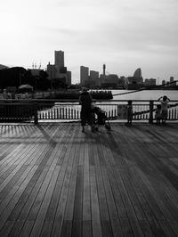 港の夕暮れ - 節操のない写真館