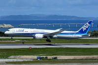 那覇空港 ANA B787-9のランディング&タキシング - 南の島の飛行機日記