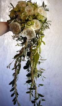 プレミアホテル-TSUBAKI-札幌でのご結婚披露宴に①。白ドレス用ブーケ。2018/07/28。 - 札幌 花屋 meLL flowers