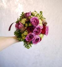 プレミアホテル-TSUBAKI-札幌でのご結婚披露宴に②。色ドレス用ブーケ。2018/07/28。 - 札幌 花屋 meLL flowers