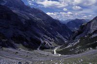 Passo dello Stelvio 2757m - Bicycle Touring Photo Gallery.