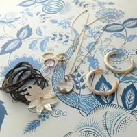 NEW! Shell Flower Bracelet - Fmizushina Accessories 日々のアクセサリーダイアリー