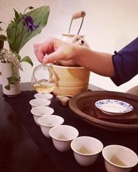 *8月の試飲会的茶会 〜 - salon de thé okashinaohana 可笑的花