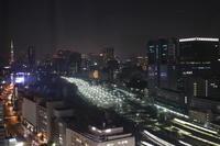 品川駅(夜) - 月の沙漠を