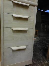 食器棚(カップボード)の抽斗組み立て - 手作り家具工房の記録