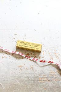 ヴィンテージのイニシャルテープ - フェルタート(R)・オフフープ(R)立体刺繍作家PieniSieniのブログ