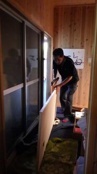トイレのドアが新調されました! - sajisaji