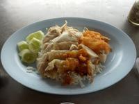 571日目・市場の中のカオマンガイ屋さん「Brahmans Chicken 本地聞名雞飯」@カビンブリ - プラチンブリ@タイと日本を行ったり来たり