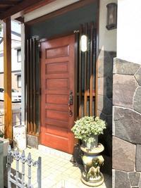 玄関ドア交換 - 有山工務店のひとり言