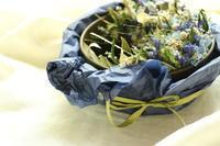 古道具とドライフラワー「蒼い森」 - キラキラのある日々